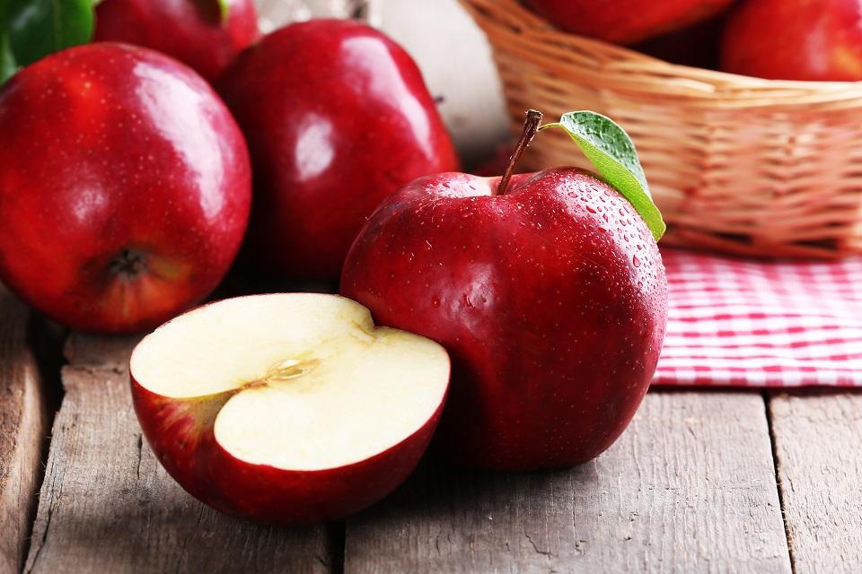 فوائد أكل التفاح لمرضى السكري